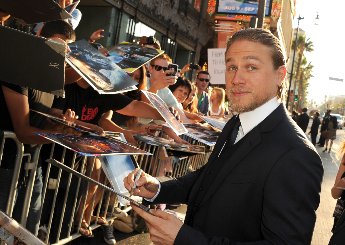 """Charlie Hunnam arrives at the premiere of Warner Bros. Pictures' and Legendary Pictures' """"Pacific Rim"""" at Dolby Theatre on July 9, 2013"""