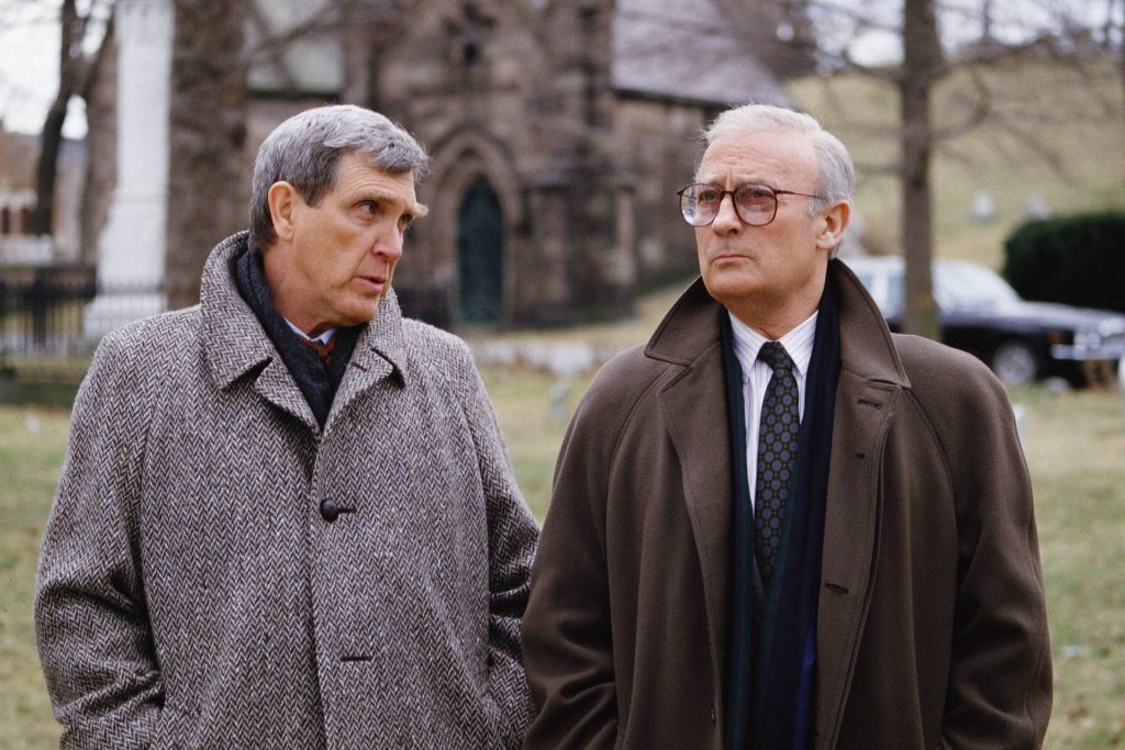 Edward Woodward and Robert Lansing | CBS via Getty Images