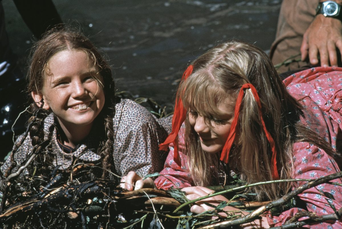Alison Arngrim as Nellie Oleson with Melissa Gilbert as Laura Ingalls on 'Little House on the Prairie'