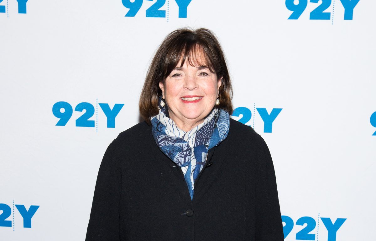 Ina Garten poses for photographers