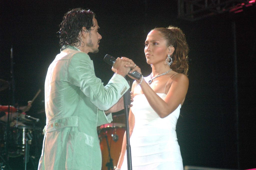 Marc Anthony and Jennifer Lopez perform in Santo Domingo, Dominican Republic in 2005. |  Esteban Bucat/Getty Images