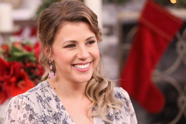 'Full House': Jodie Sweetin Once Said She Felt Like She Had to Act Like a 'Miniature Adult' on Set and That Her 'Needs Came Second'