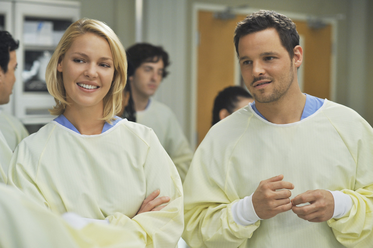 Katherine Heigl as Izzie Stevens and Justin Chambers as Alex Karev on 'Grey's Anatomy'