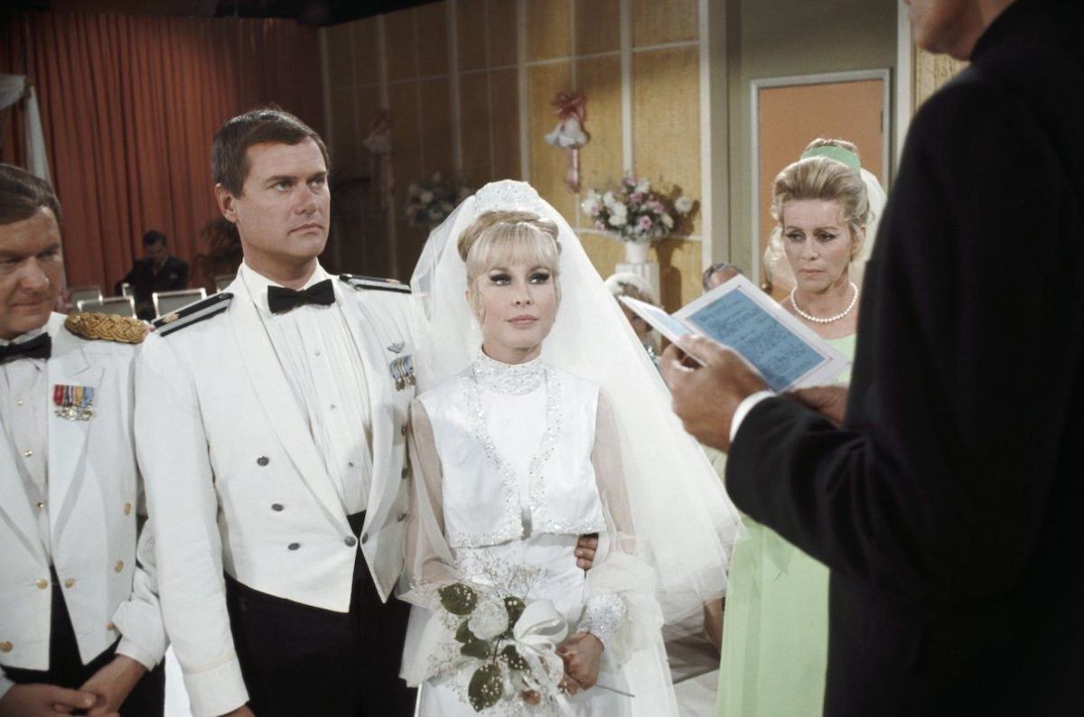 Larry Hagman and Barbara Eden on 'I Dream of Jeannie'