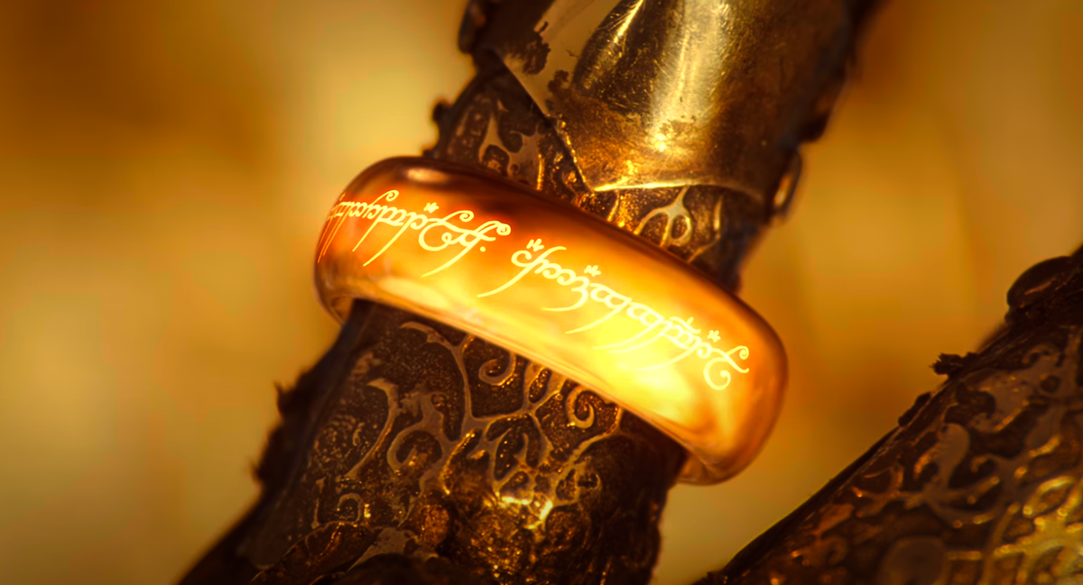Sauron's ring of power in 'The Lord of the Rings: The Fellowship of the Ring' | YouTube