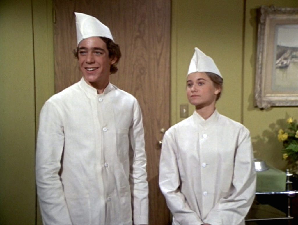 Barry Williams as Greg Brady and Maureen McCormick as Marcia Brady in 'The Brady Brunch'