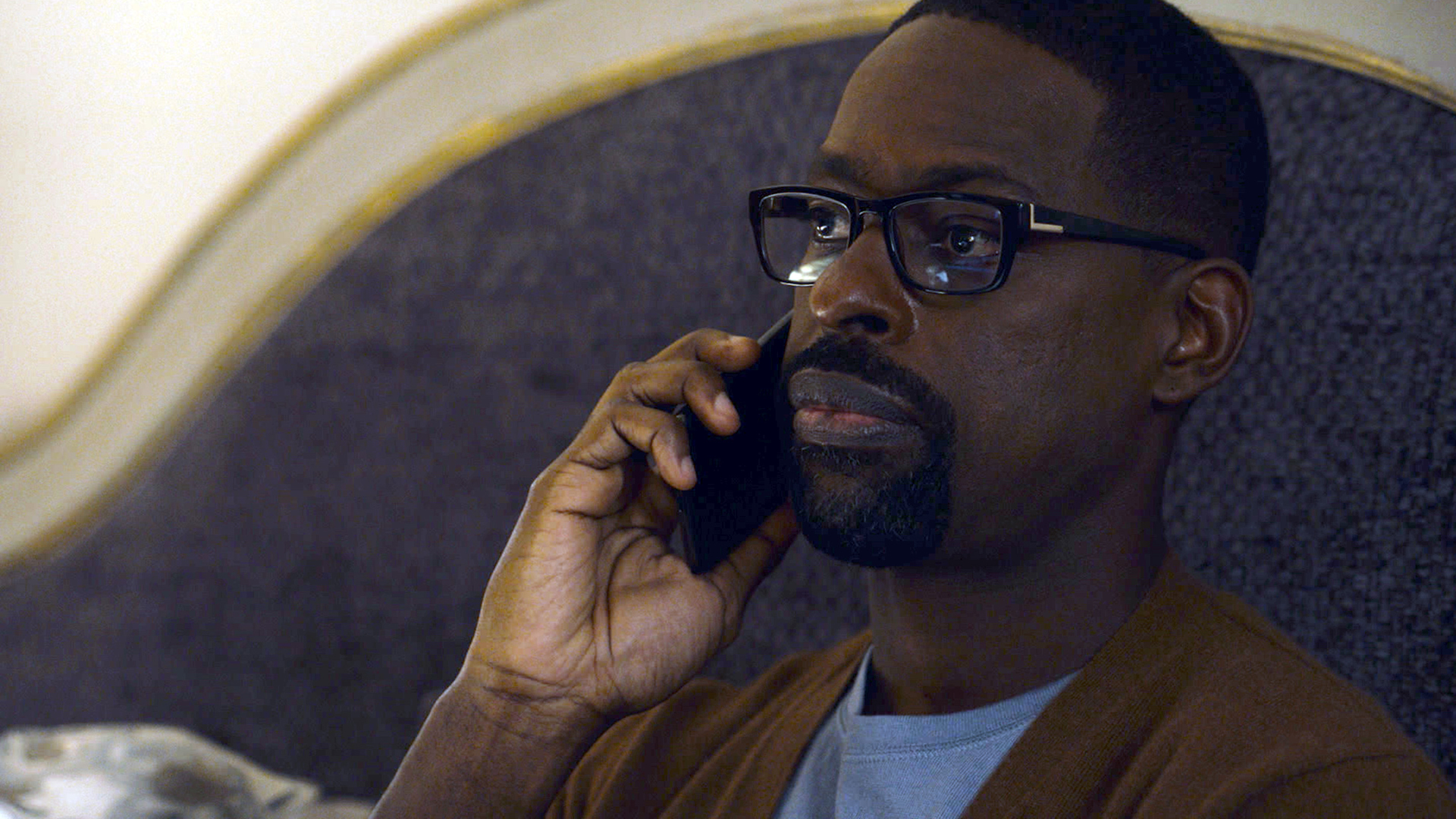 Sterling K. Brown as Randall Pearson calling Hai about her birth mother, Laurel, on 'This Is Us' Season 5, Episode 5