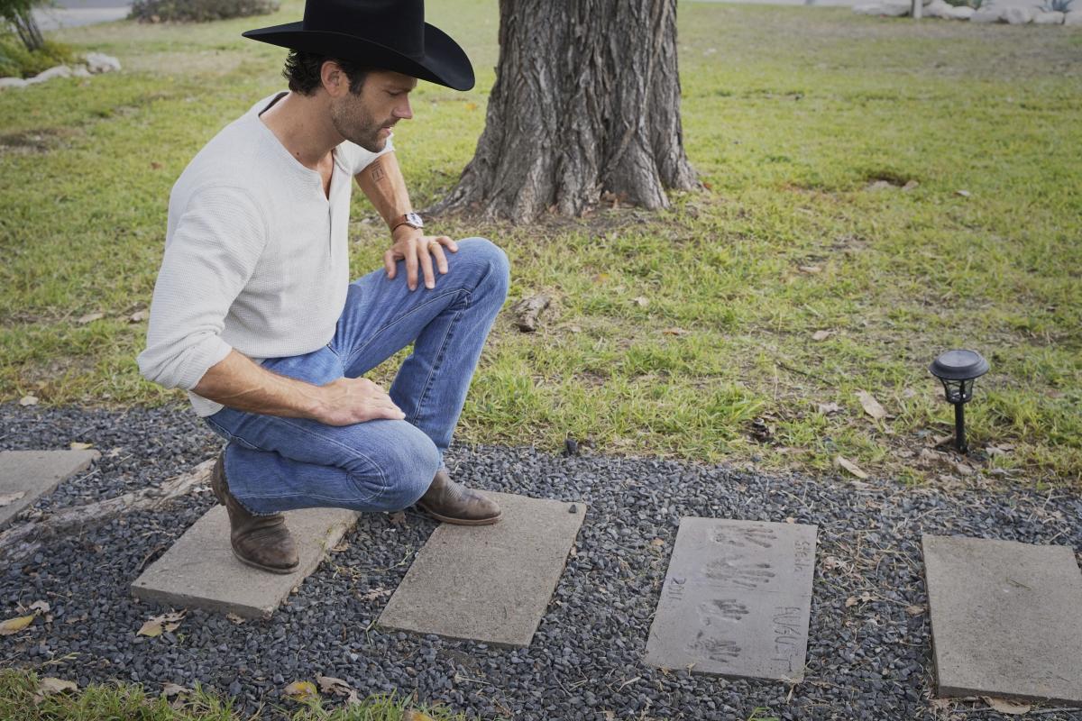 Walker: Jared Padalecki
