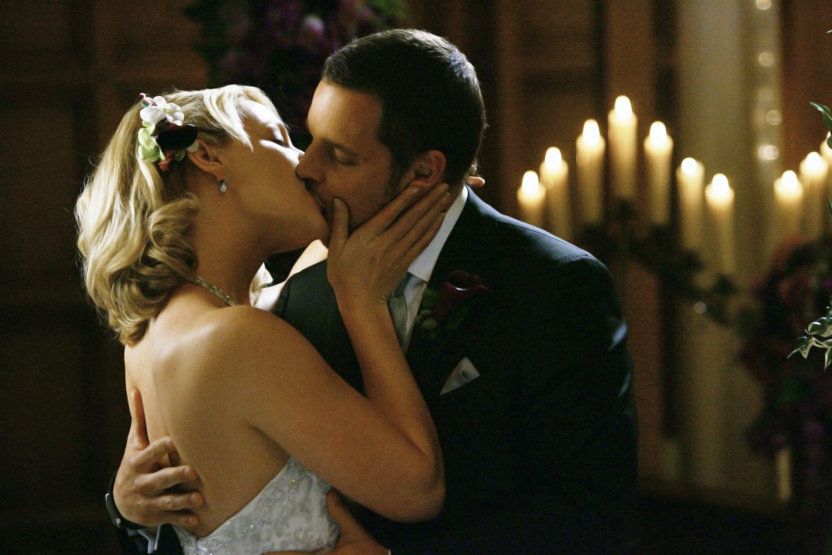 Katherine Heigl and Justin Chambers as Izzie and Alex