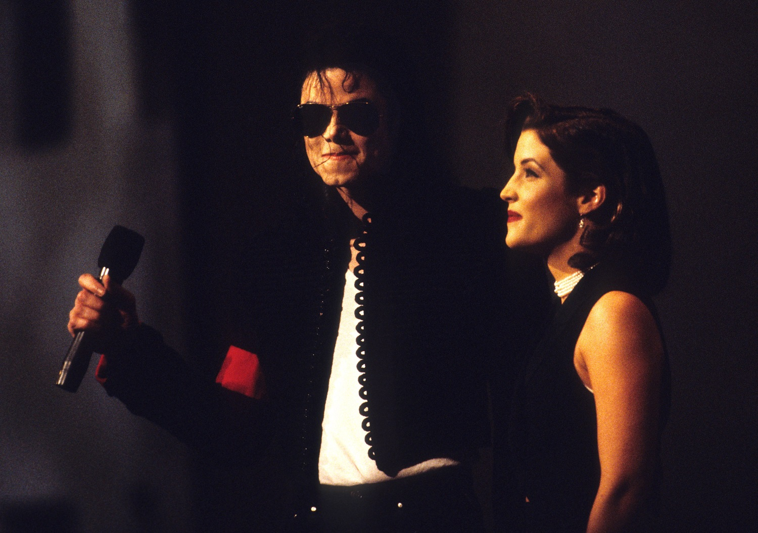 Michael Jackson on stage with Lisa Marie Presley