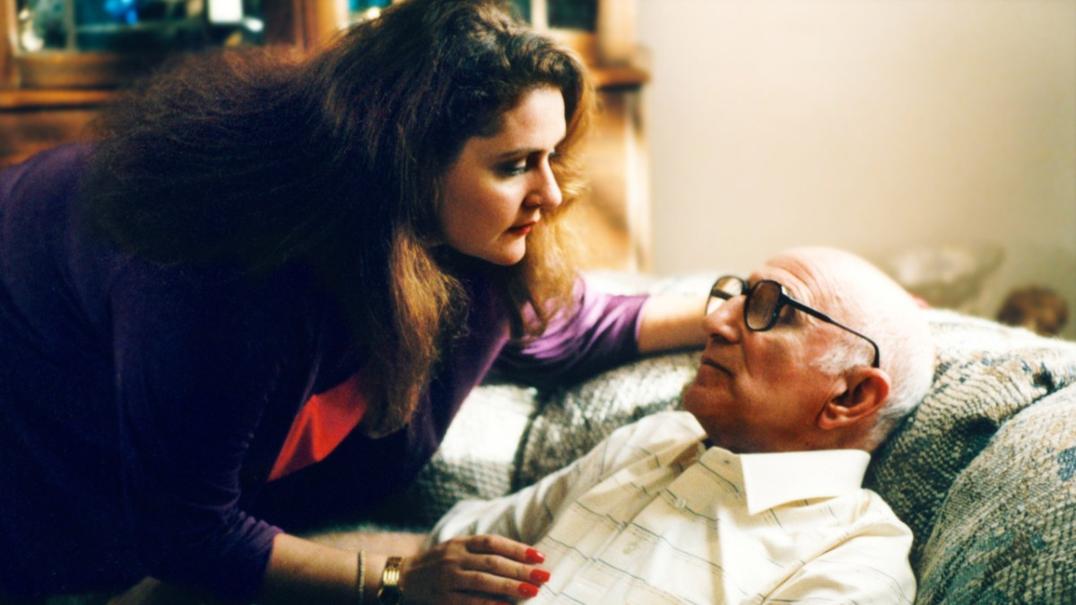Aida Turturro and Dominic Chianese on 'The Sopranos'