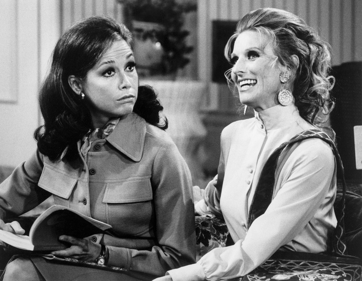 Mary Tyler Moore as Mary Richards and Cloris Leachman as Phyllis Lindstrom in 'The Mary Tyler Moore Show'