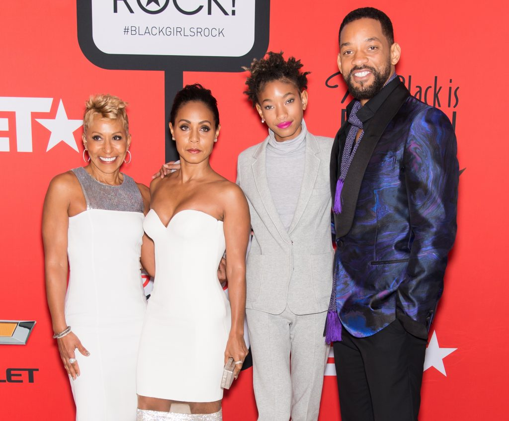 Adrienne Banfield-Jones, Jada Pinkett Smith, Willow Smith, and Will Smith