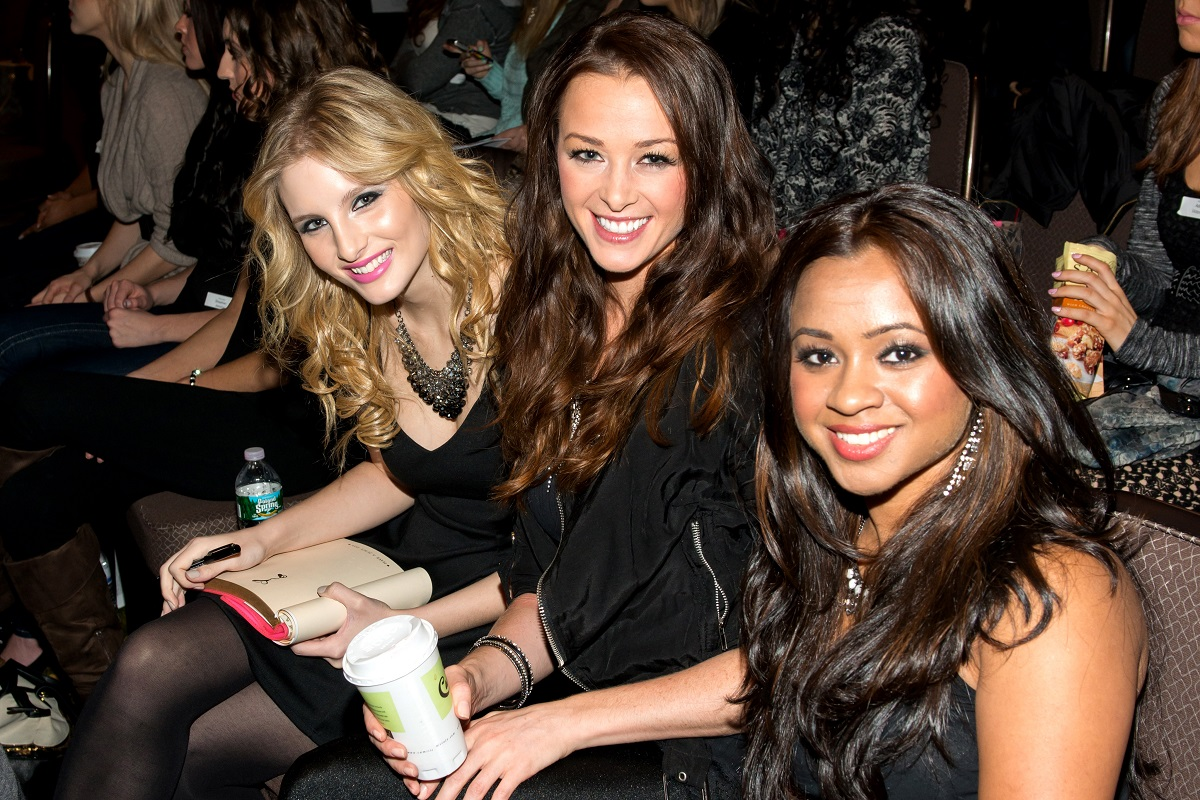 Alexandra Palmer and Jamie Otis sitting down at the Miss NY competition in 2012