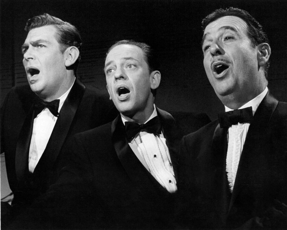 American actors (left to right) Andy Griffith (1926 - 2012), Don Knotts (1924 - 2006) and Jack Dodson (1931 - 1994) singing, circa 1965. They play Andy Taylor, Barney Fife and Howard Sprague, respectiThe Andy Griffith Show'.