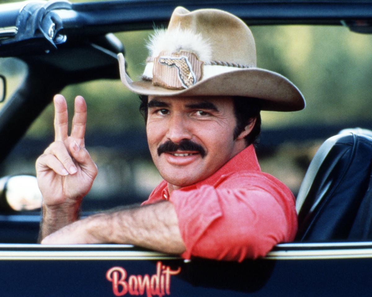 Burt Reynolds in Smokey and the Bandit