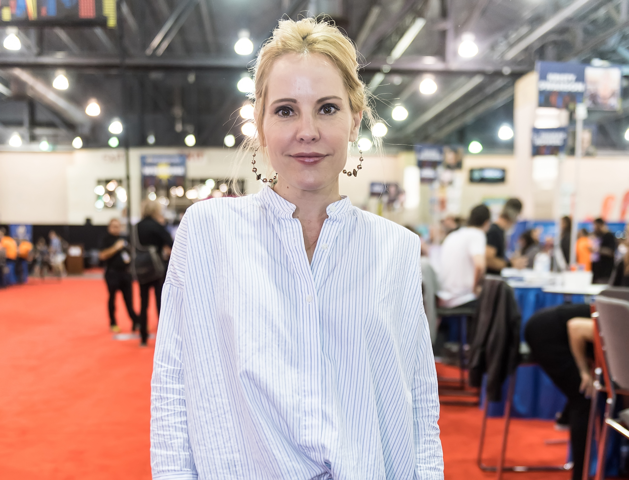 Emma Caulfield at Wizard World Comic Con Philadelphia 2017 on June 4, 2017