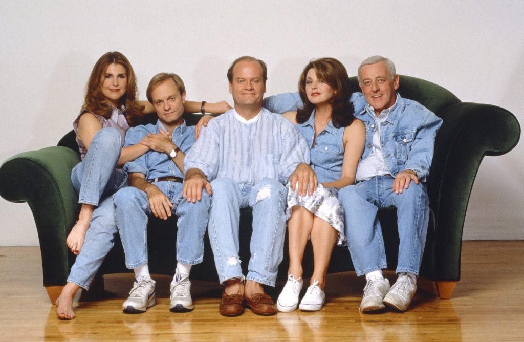 Peri Gilpin as Roz Doyle, David Hyde Pierce as Doctor Niles Crane, Kelsey Grammer as Doctor Frasier Crane, Kelsey Grammer as Doctor Frasier CraneJane Leeves as Daphne Moon and John Mahoney as Martin Crane in a promotional photo