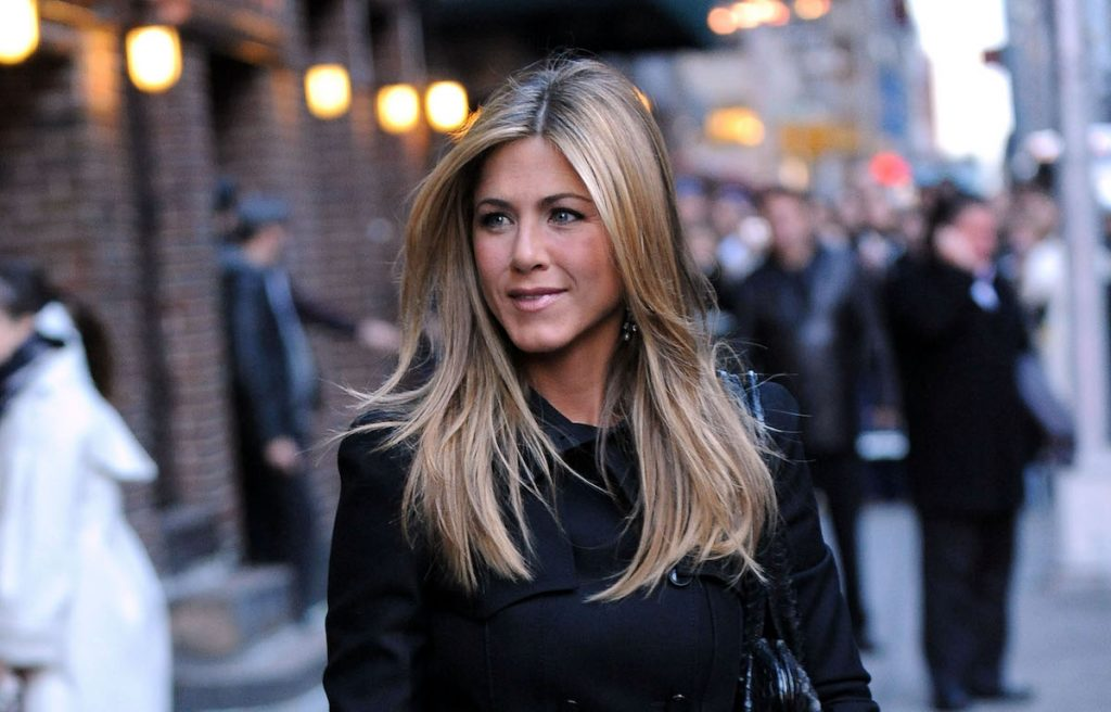 Jennifer Aniston visits the ''Late Show with David Letterman'' at the Ed Sullivan Theater
