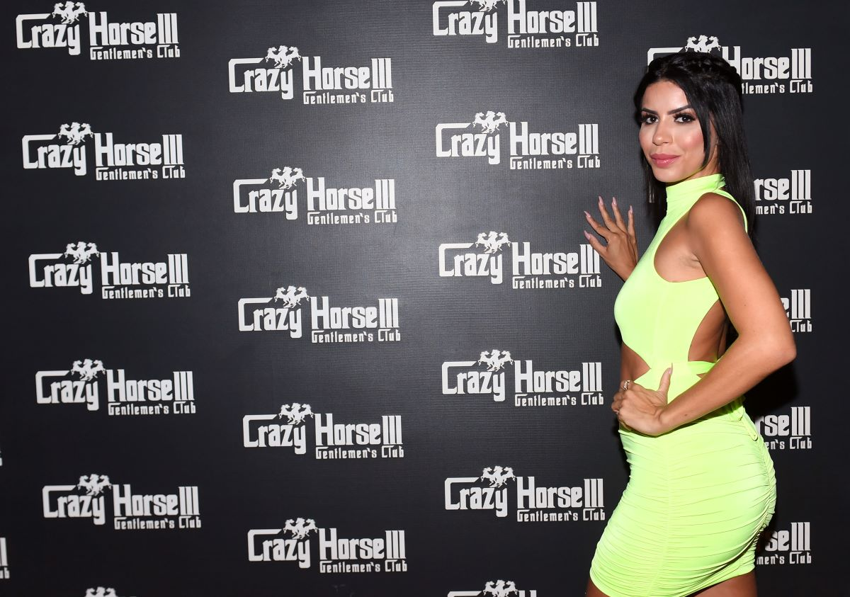Larissa of 90 Day Fiancé poses for Crazy Horse 3