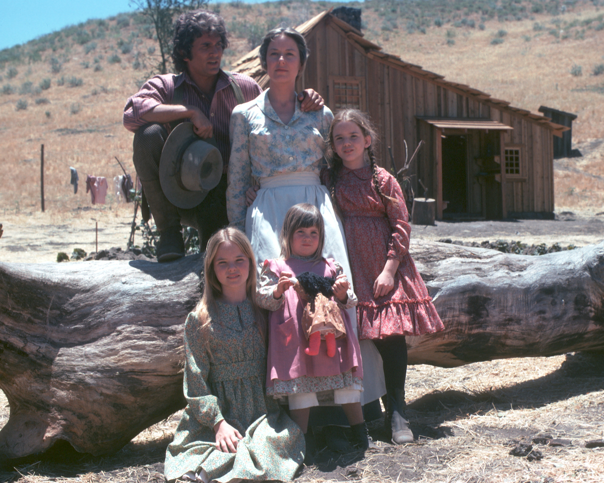 Little House on the Prairie cast standing on set