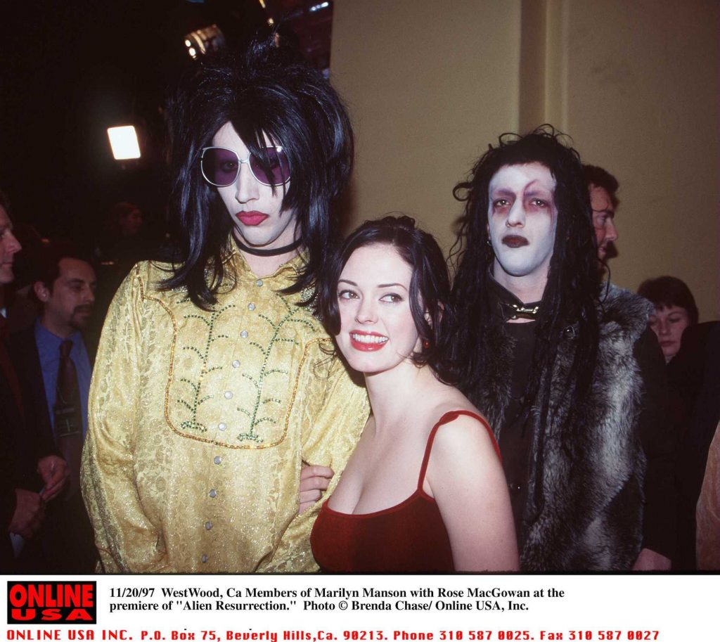 Marilyn Manson and Rose McGowan in 1997