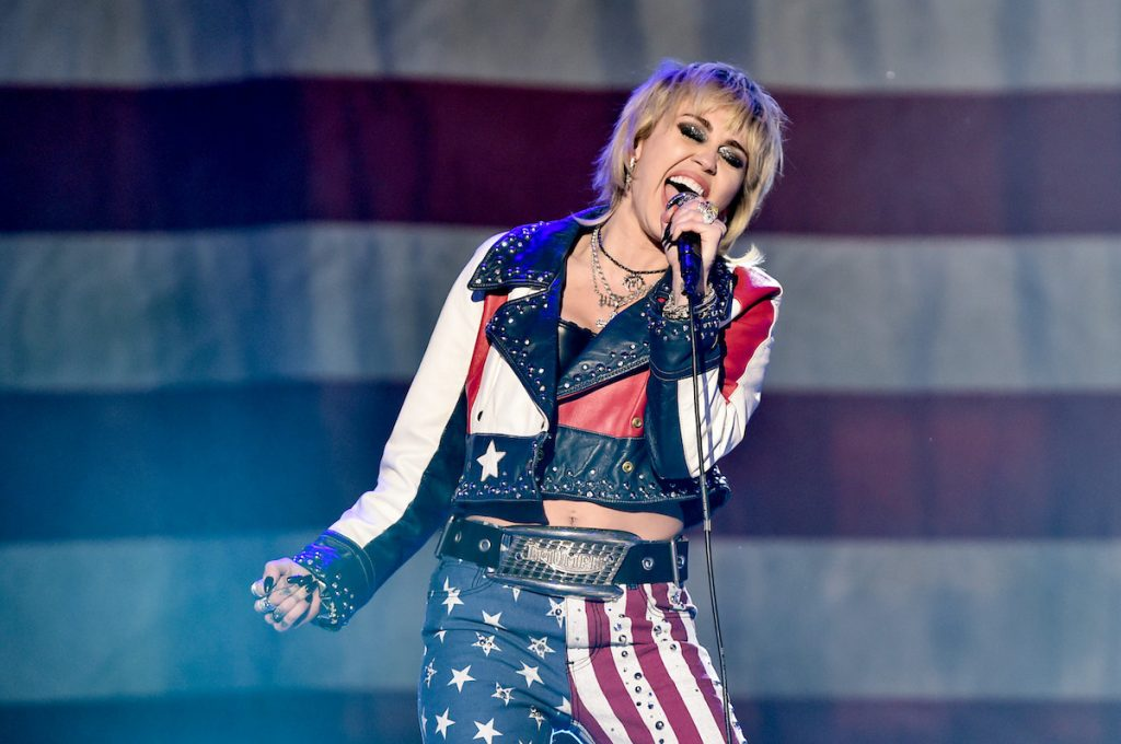 Miley Cyrus performs at Dick Clark's New Year's Rockin' Eve with Ryan Seacrest on December 31, 2020 | Alberto E. Rodriguez/Getty Images for dick clark productions