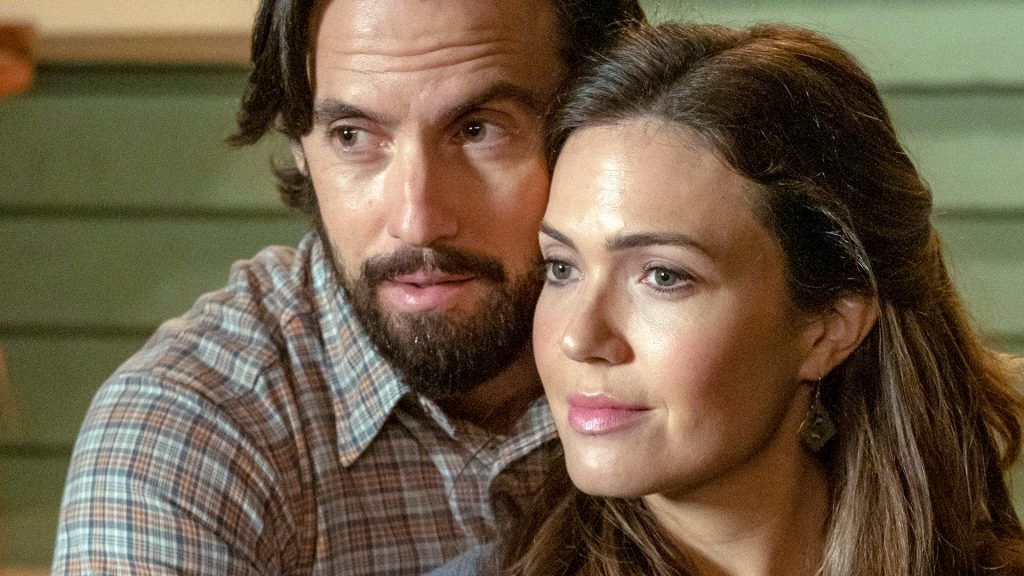 Milo Ventimiglia as Jack and Mandy Moore as Rebecca on 'This Is Us' Season 4 Episode 13