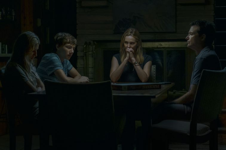 Sofia Hublitz, Skylar Gaertner, Laura Linney, and Jason Bateman in 'Ozark' scene