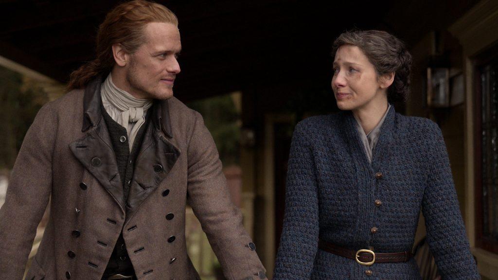 Sam Heughen and Caitriona Balfe in 'Outlander.'