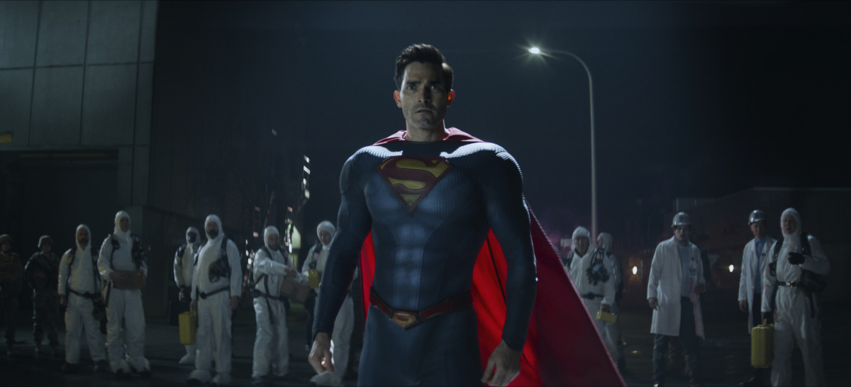 Superman Tyler Hoechlin suited up