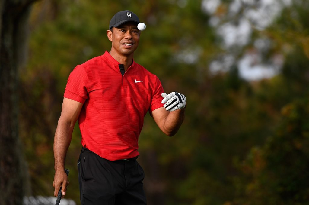 Tiger Woods catches ball during final round of PGA TOUR Champions PNC Championship
