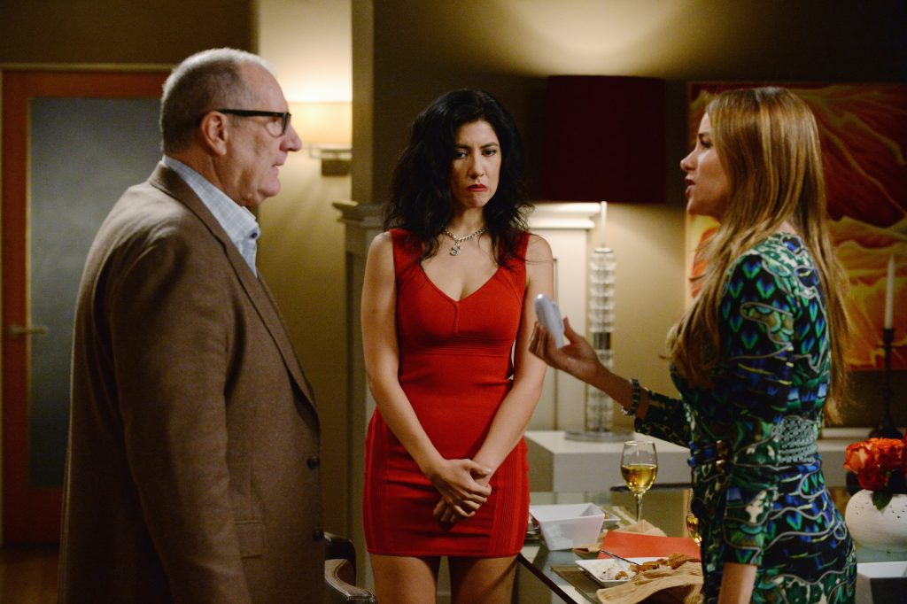 ABC's 'Modern Family' Episode Titled 'Valentine's Day 4: Twisted Sister'