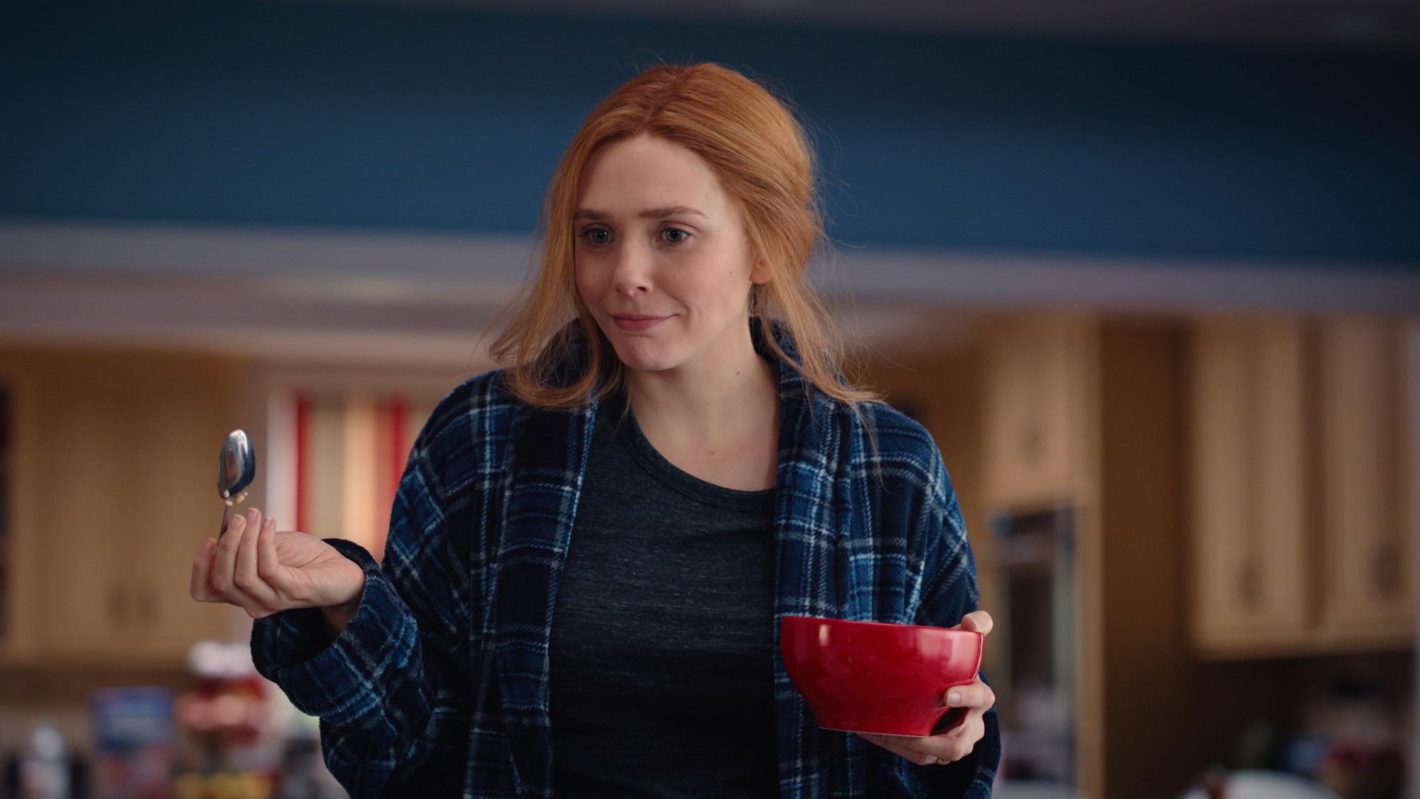 Elizabeth Olsen as Wanda Maximoff in 'WandaVision' Episode 7
