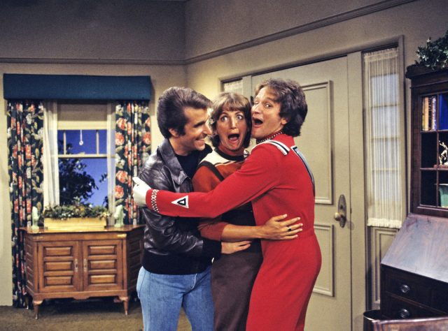"'Mork & Mindy': Robin Williams' Breakout Role Started With 'the Worst Script in the History of ""Happy Days""'"