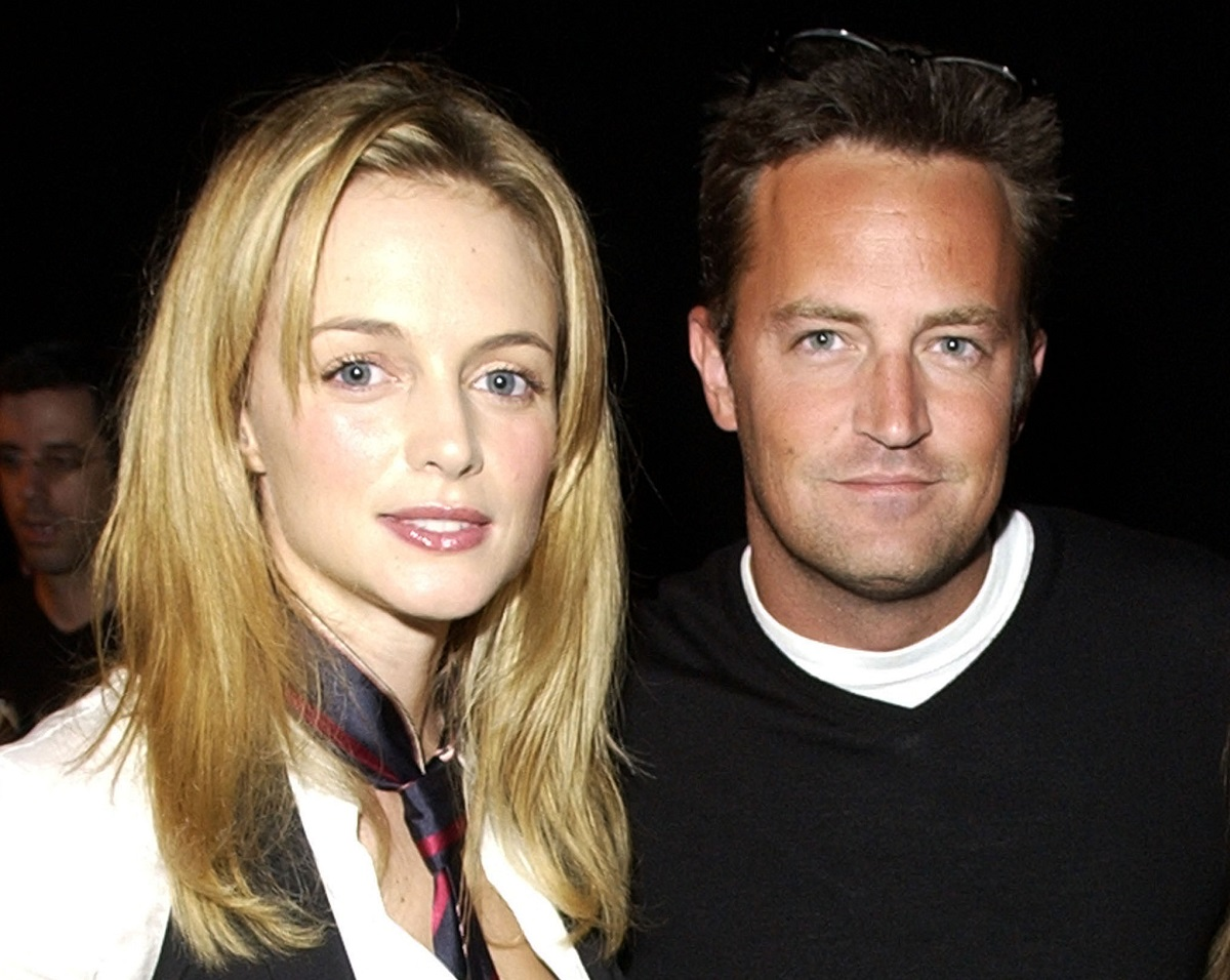 Heather Graham and Matthew Perry in 2002