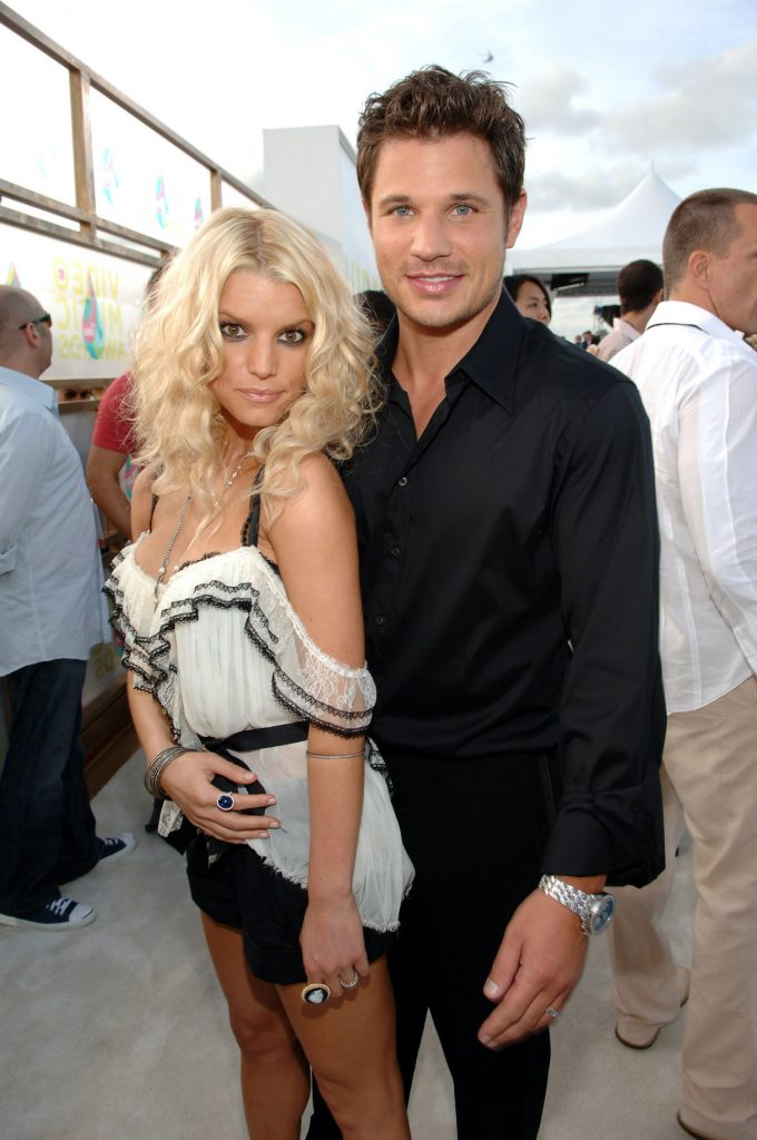 Nick Lachey and Jessica Simpson during 2005 MTV Video Music Awards
