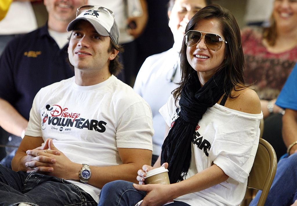 Dominic Zamprogna and Kelly Monaco at a 'General Hospital' fan event in 2009