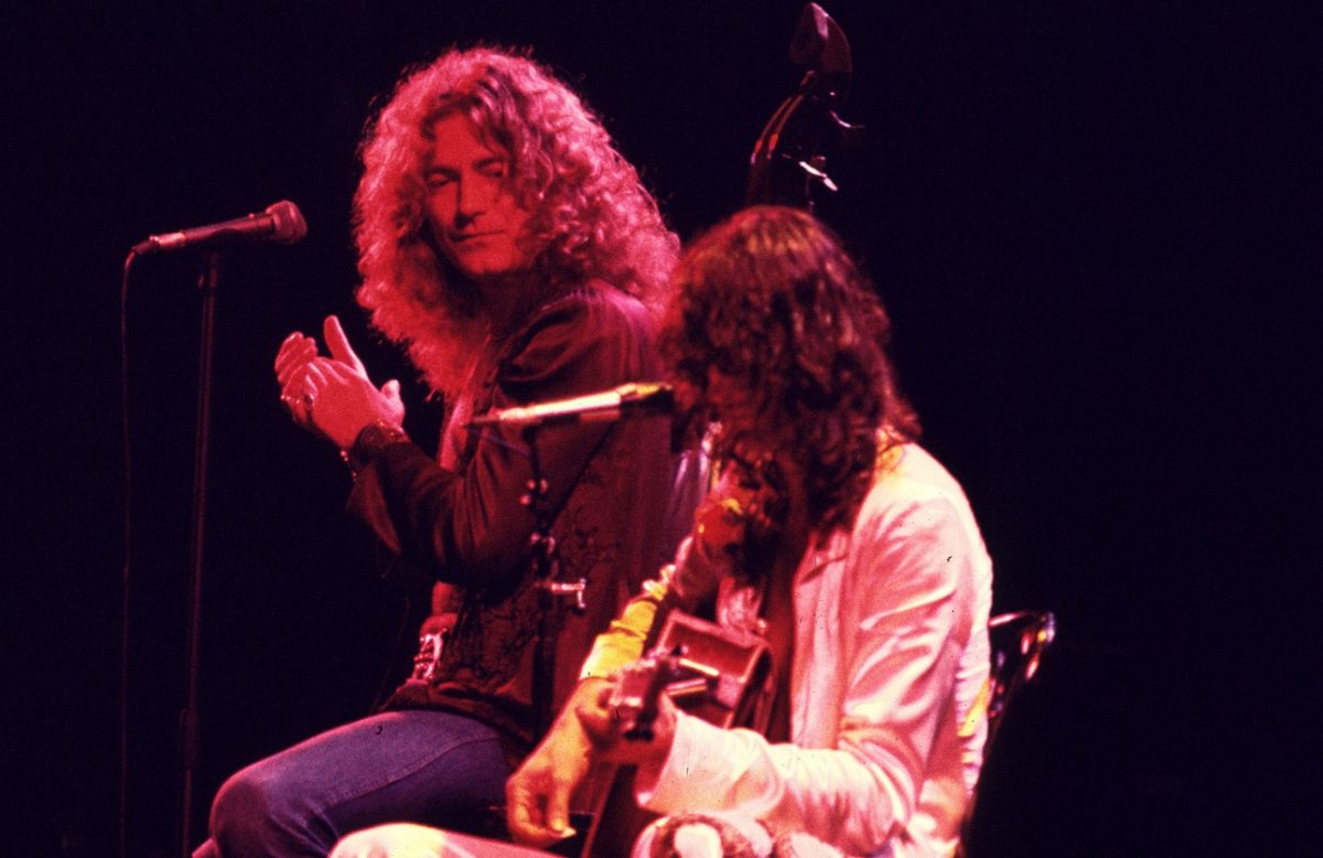 Robert Plant and Jimmy Page on stage in 1977
