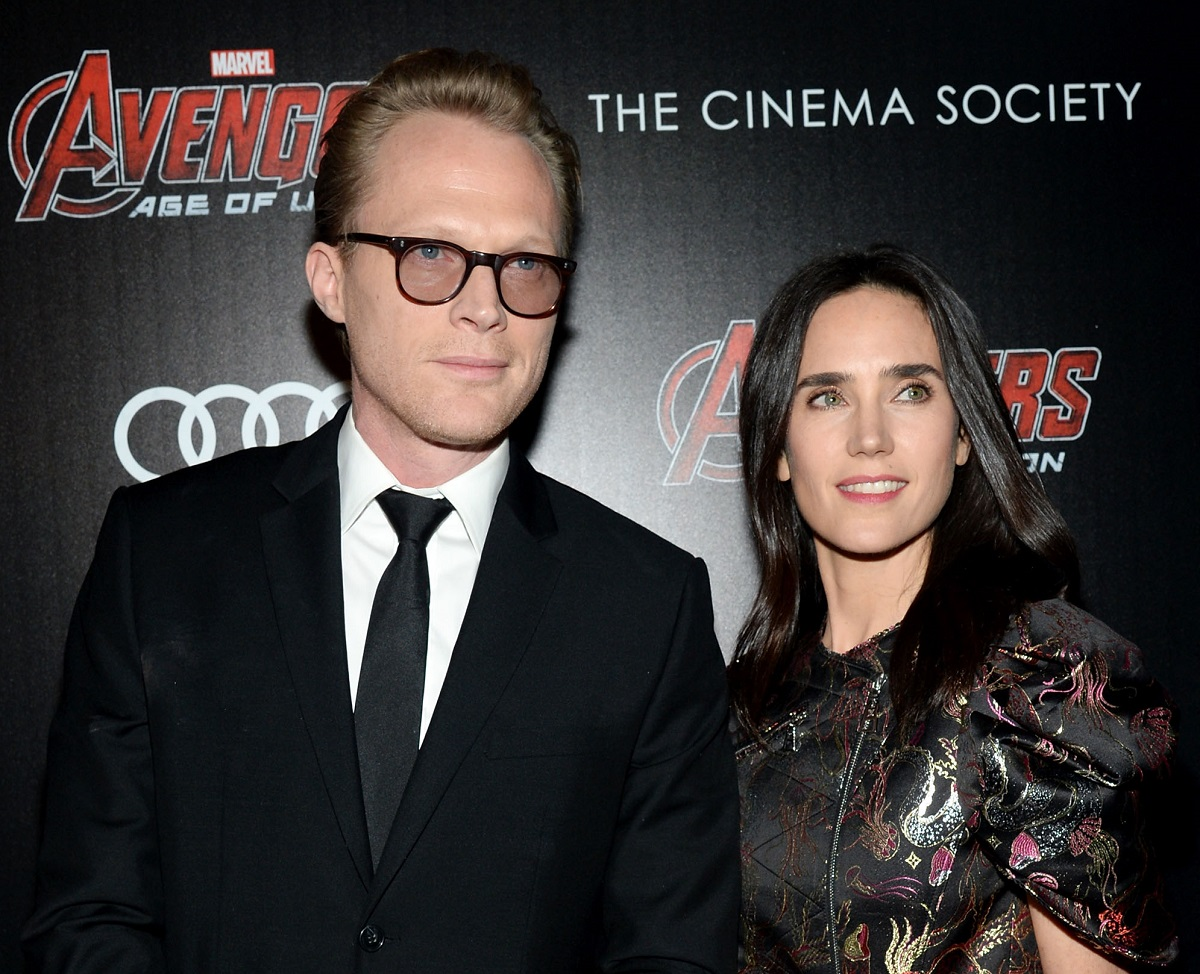 Paul Bettany (L) and Jennifer Connelly in formal wear
