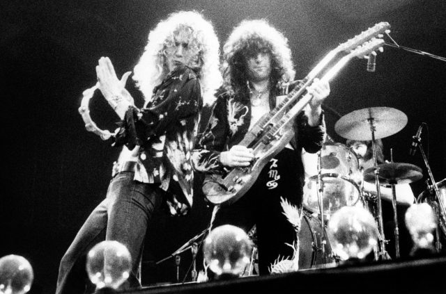 Led Zeppelin: Why It Sounds Like Robert Plant Stutters Late in 'Immigrant Song'