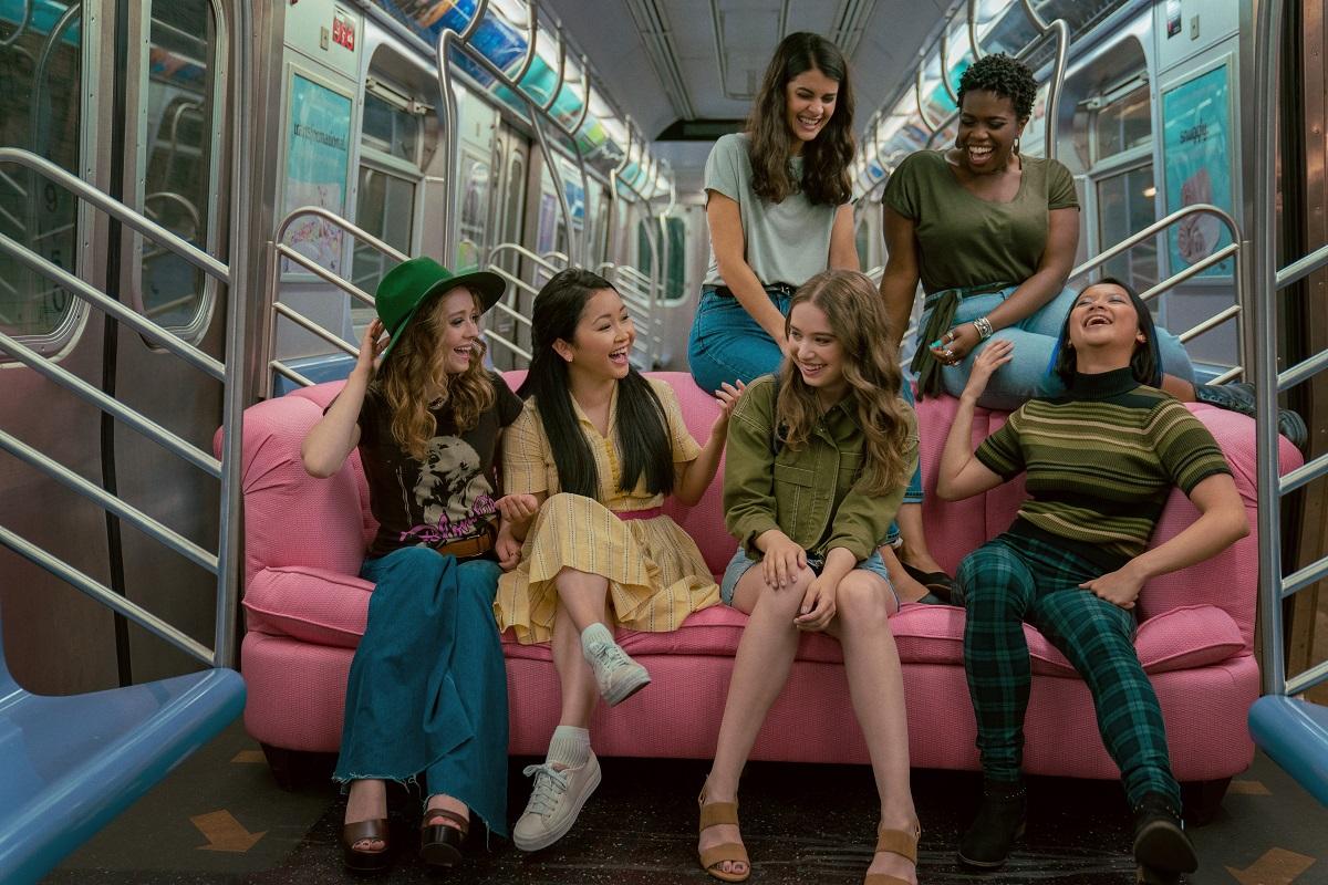 (L-R): Madeleine Arthur as Chris, Emilija Baranac as Gen, and Lana Condor as Lara Jean in 'TATB: Always and Forever'