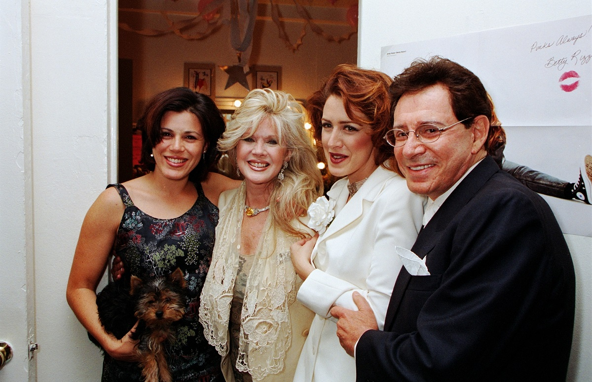 (L-R): Tricia Leigh Fisher, Connie Stevens, Joely Fisher, and Eddie Fisher.