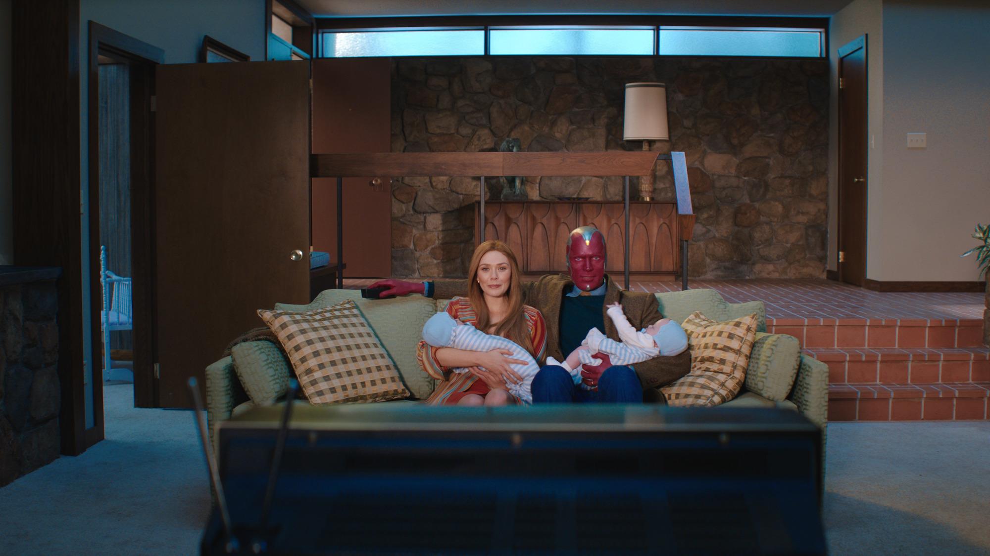 Elizabeth Olsen as Wanda Maximoff and Paul Bettany as Vision in 'WandaVision'