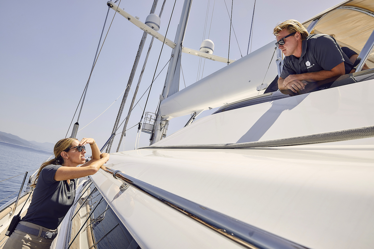 Jenna MacGillivray, Paget Berry chat on the sailing yacht
