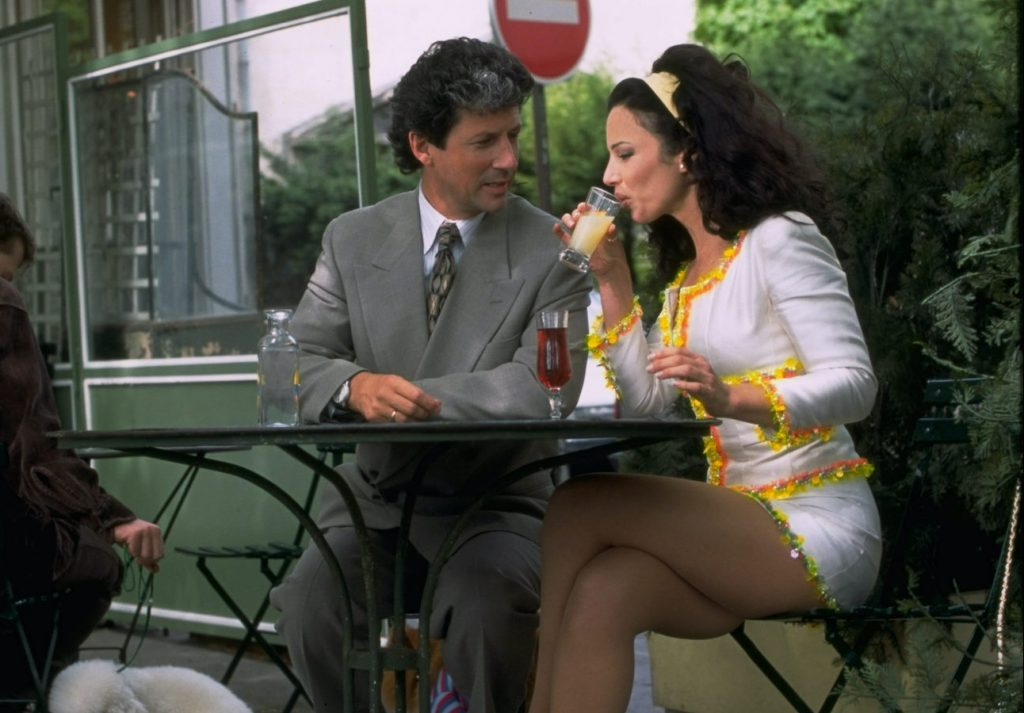 Charles Shaughnessy and Fran Drescher in 'The Nanny'