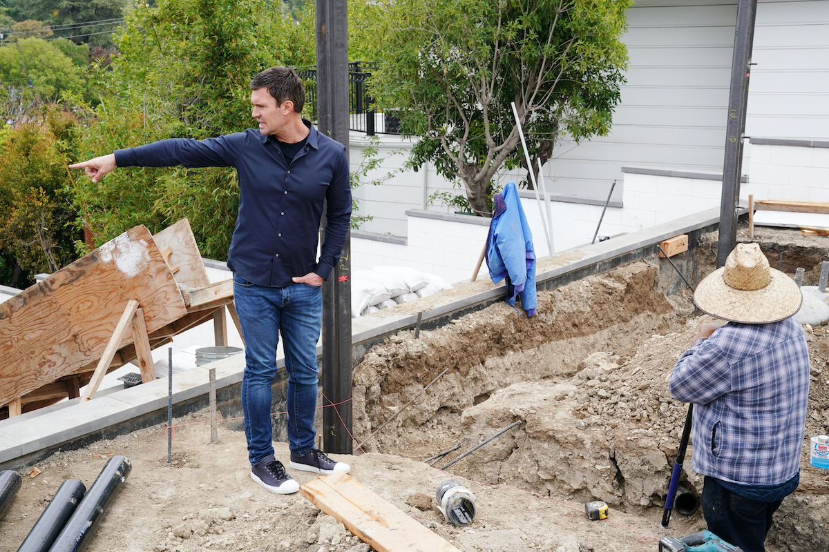 Jeff Lewis from 'Flipping Out' works on a new project