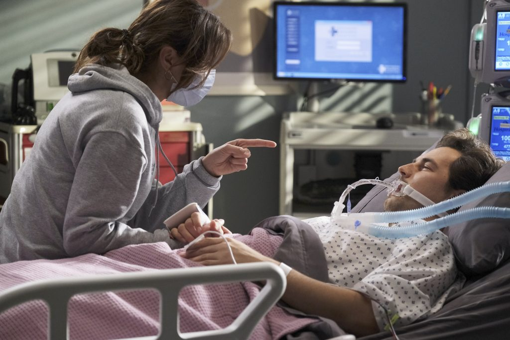 Greys Anatomy Season 17 and the ending of Andrew DeLuca portrayed by Giacomo Gianniotti with Stefania Spampinato as Carina DeLuca