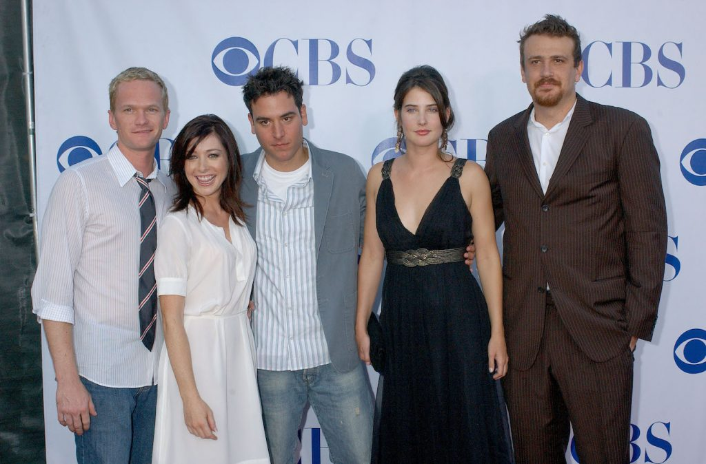 Cast of How I Met Your Mother on the red carpet in 2006