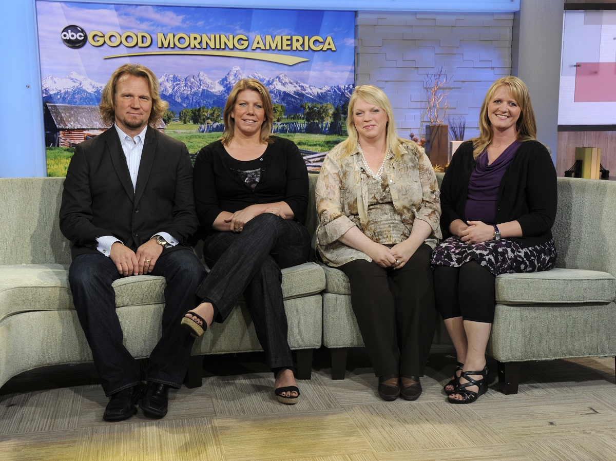 Kody, Meri, Janelle, and Christine Brown sitting on the 'Good Morning America' couch in 2010